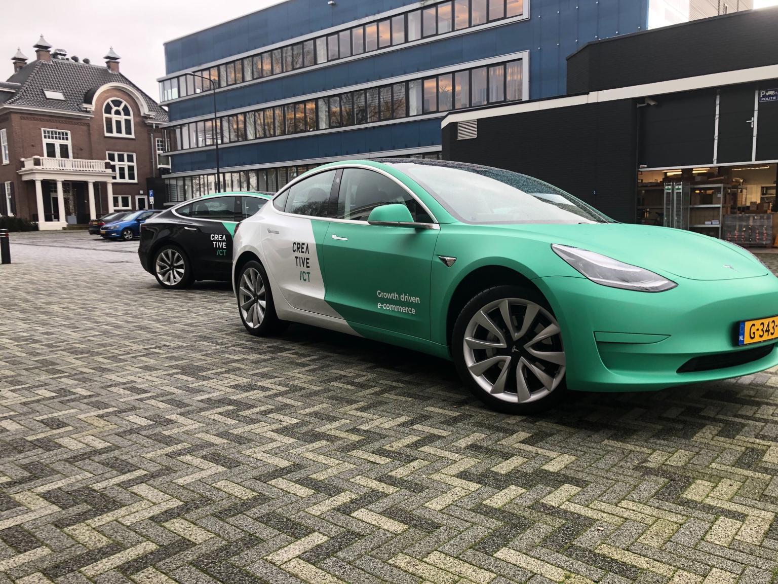 Tesla wrapping 2020 Creative CT